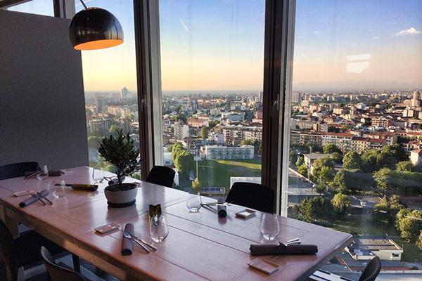 I 10 ristoranti con i panorami cittadini pi belli d 39 italia 4 unico milano - Ristorante la finestra padova ...