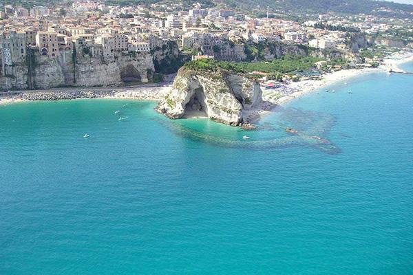 Matrimonio Spiaggia Tropea : Spiagge da sogno in italia spiaggia di tropea