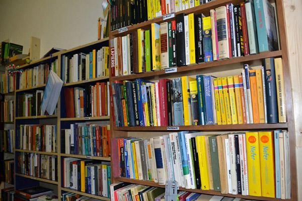 Scaffali Da Biblioteca.Le 10 Biblioteche E Librerie Nascoste Da Scoprire A Milano