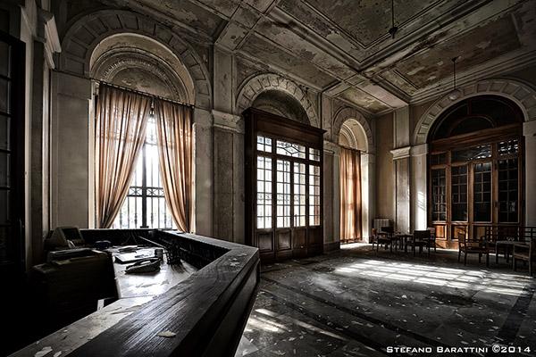 10 luoghi abbandonati tra i pi suggestivi d italia 10 for Disegni di case abbandonate